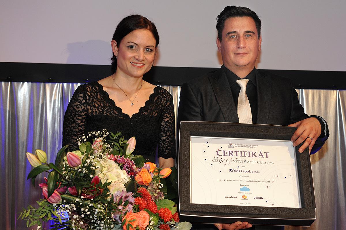 1. místo a držitel titulu Equa bank Rodinná firma roku 2015 – KOMFI spol. s r.o.